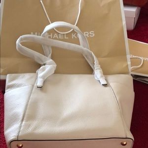 Michael Kors/ Brand new with tags